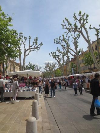 Market in Cours Mirabeau