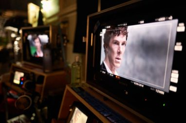 WARNING: Embargoed for publication until 00:00:01 on 10/01/2017 - Programme Name: Sherlock - TX: 15/01/2017 - Episode: Sherlock S4 - Ep3 (No. 3) - Picture Shows: **STRICTLY EMBARGOED UNTIL 10TH JANUARY 2017** Sherlock Holmes (BENEDICT CUMBERBATCH) - (C) Hartswood Films - Photographer: Robert Viglasky