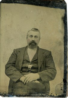 Old Lindstrom Photo 4 (Tintype)