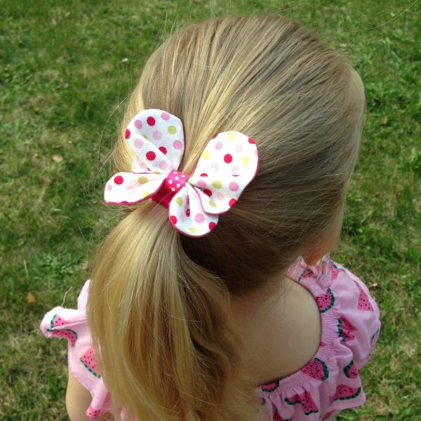 Butterfly bow handmade in Finland by sherocksabun