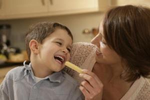Si të komunikoni me fëmijën tuaj?!