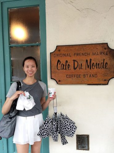 new orleans food guide best beignets at cafe du monde