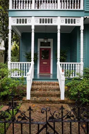 new orleans garden district grand houses walking tour - Garden District Walking Tour