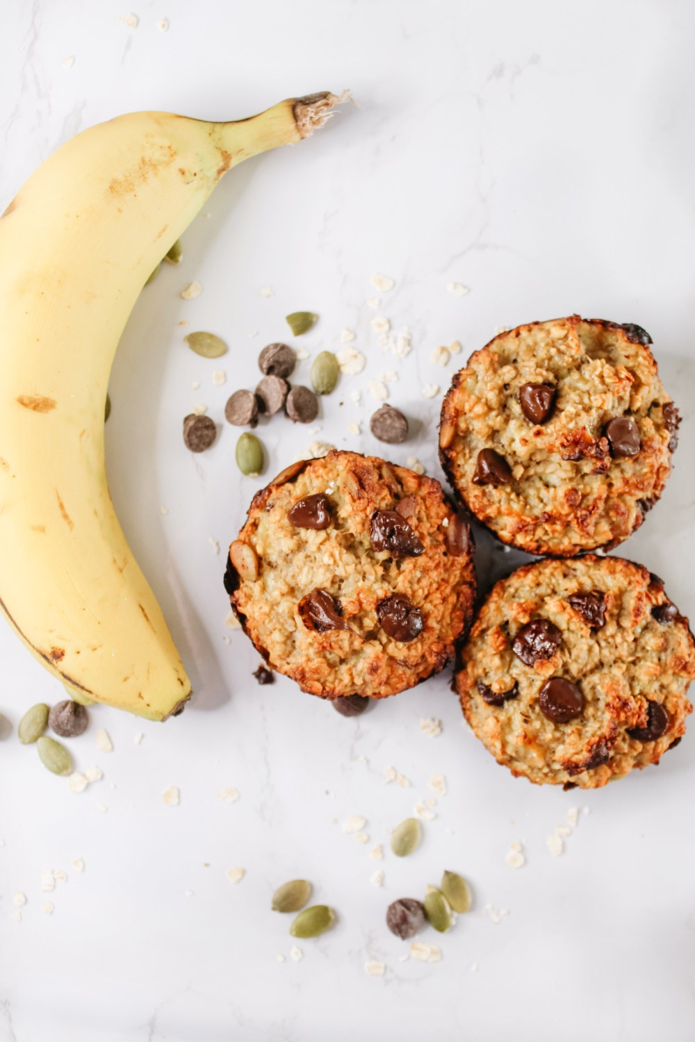 healthy banana oat muffins - sugar free and gluten free healthy muffins are a great kid friendly snack