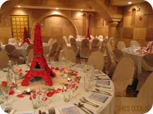 Underground dinner, A night in Paris tablescape