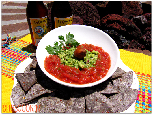 Easy Guacamole Dip with Blue Corn Chips