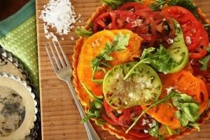 Cornmeal tart with heirloom tomato salad