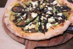 Cucina enoteca, eggplant pizza