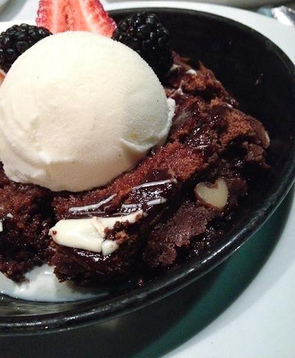 Lucca Cafe, brownie sundae
