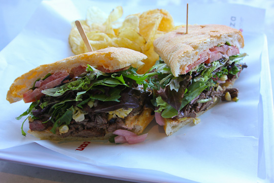 Z Cafe, Z Pizza, Carne asada sandwich