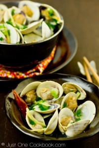 Japanese Clams. Just One Cookbook