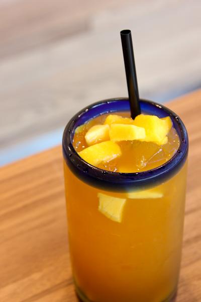 Mango with oolong tea