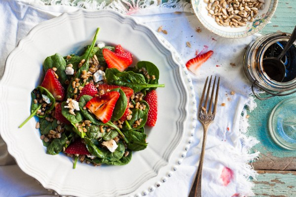 18 Brunch Recipes for Mother's Day, strawberry spinach salad