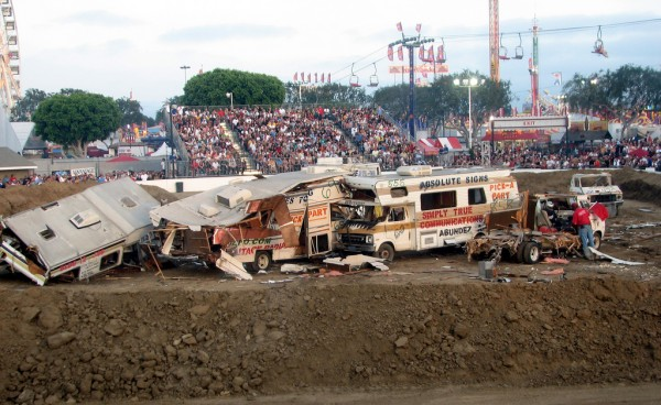 Motor Home Madness Demolition Derby