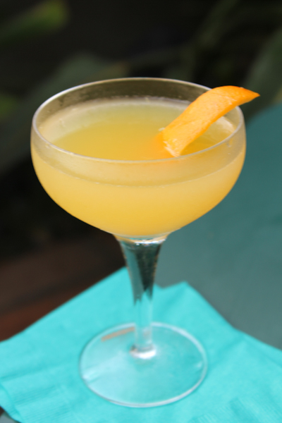 the bee's knees, retro cocktails