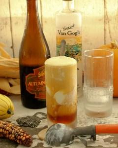 Maple Vanilla Beer Float, Oktoberfest, Halloween cocktails