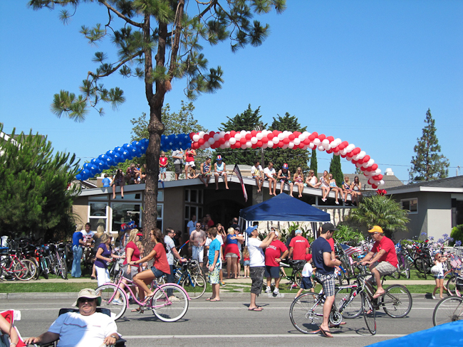 4th of July Parade, Huntington Beach, CA | ShesCookin.com