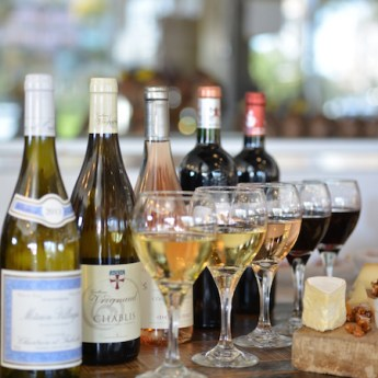 Moulin Bistro Opens in Laguna Beach + October's Bordeaux Wine Tasting
