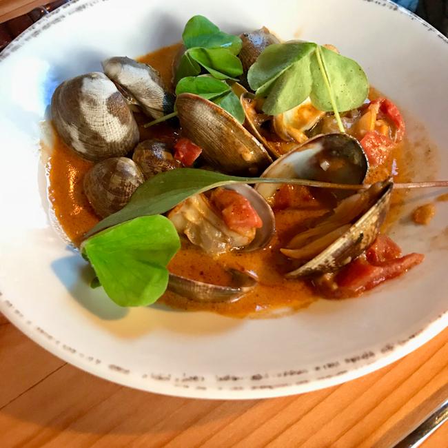Wetscott Bay Clams Vindaloo, Duck Soup restaurant, San Juan Island