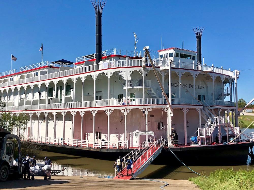 American Duchess steamboat