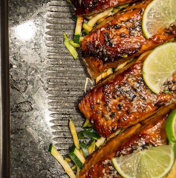 Salmon with Sesame Glaze