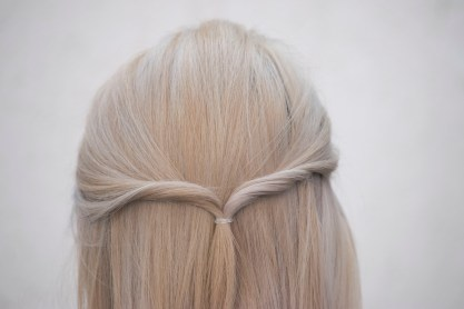 3 EASY HAIRSTYLES_10