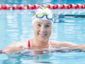 A Brisbane teenager, Brianna Thompson, has become the second-youngest person to swim the English Channel twice in one day