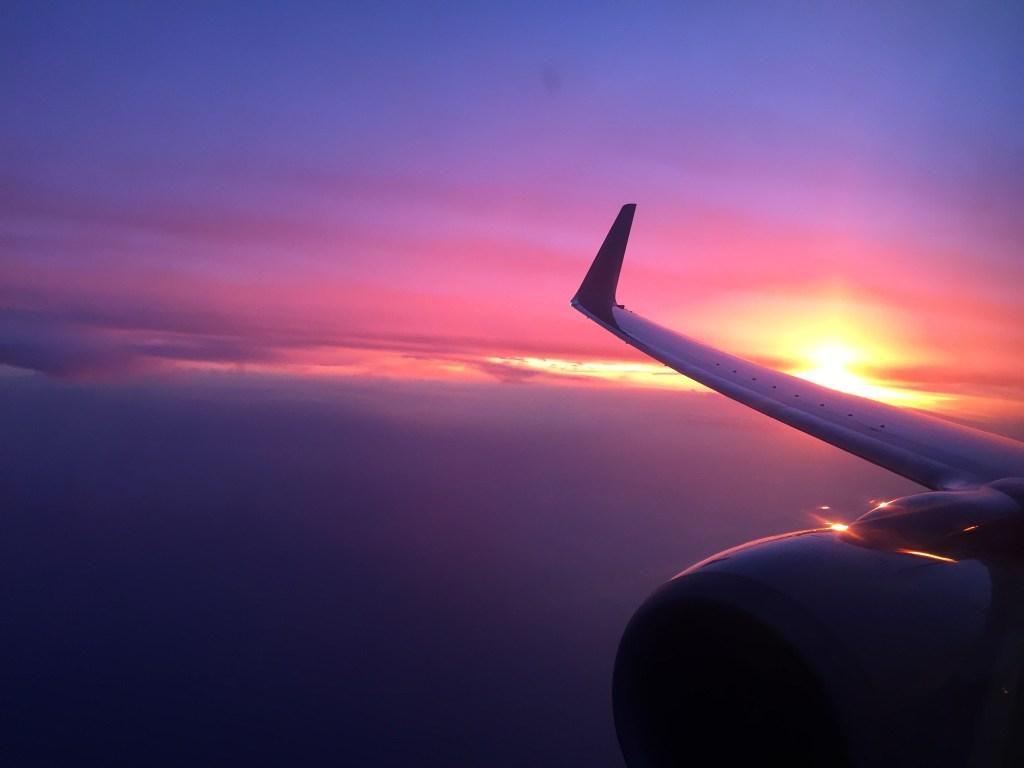 SunsetsOnAPlaneSheSoMajor