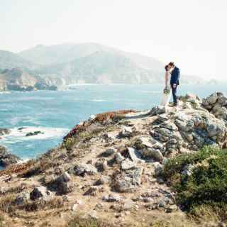 Best Places to Elope: Big Sur Photo Ops