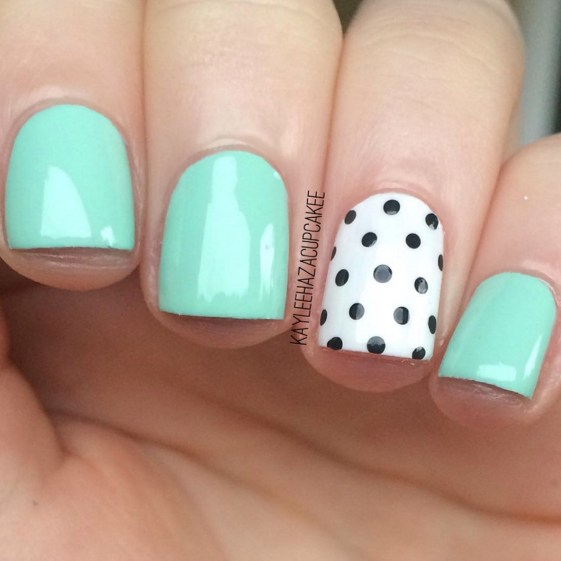 Gel Nail Designs and More: Mint Green Polka Dot Nail Art
