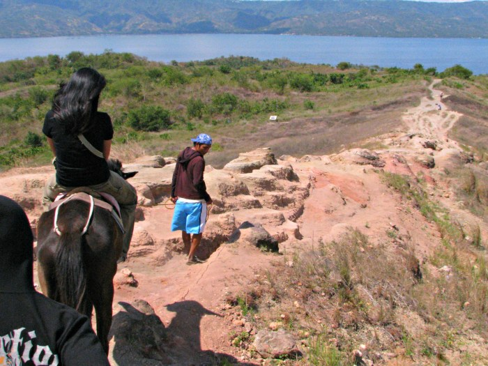 Taal Volcano Horse Ride