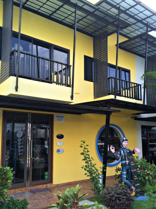Sea Bees Diving - Scuba Diving in Phuket/Phi Phi - www.shewalkstheworld.com