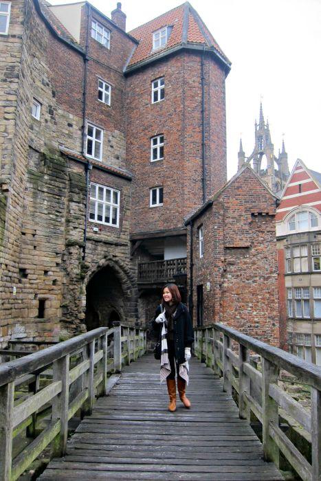 The Black Gate - Exploring Newcastle in 24 Hours - www.shewalkstheworld.com