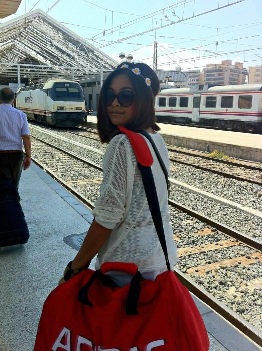 Alicante Train Station - Alicante in One Day - www.shewalkstheworld.com