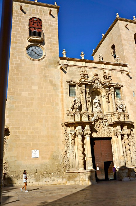 Basilica of Santa Maria - Alicante in One Day - www.shewalkstheworld.com
