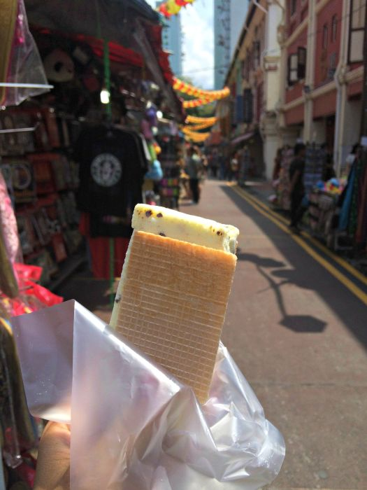 A Day in Singapore's Chinatown