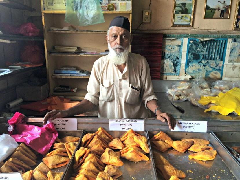 Salahuddin Bakery Puffs