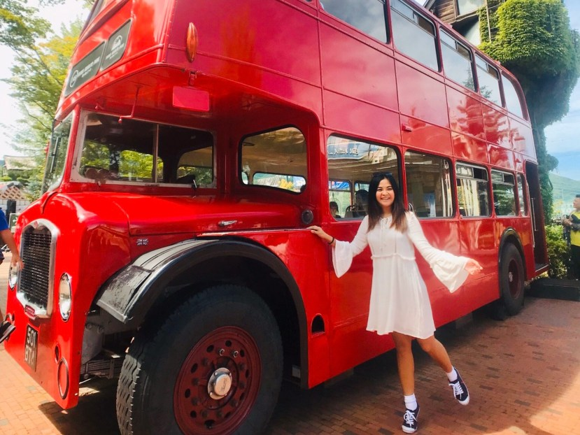Shiroi Koibito Park - Red Bus