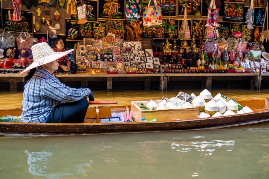 Lady on a boat at the Damnoen Saduak Floating Market in Bangkok