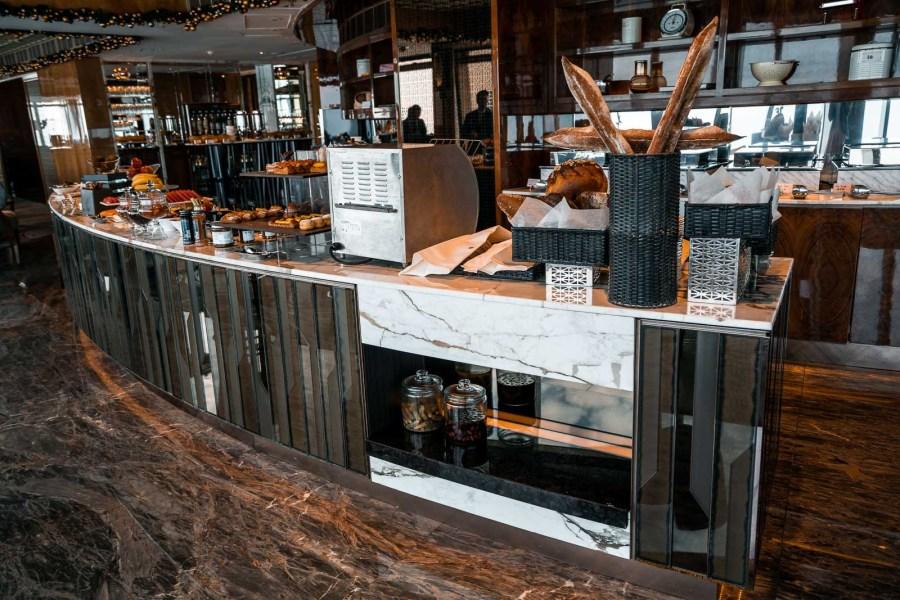 Breakfast room at the Ritz Carlton Hong Kong