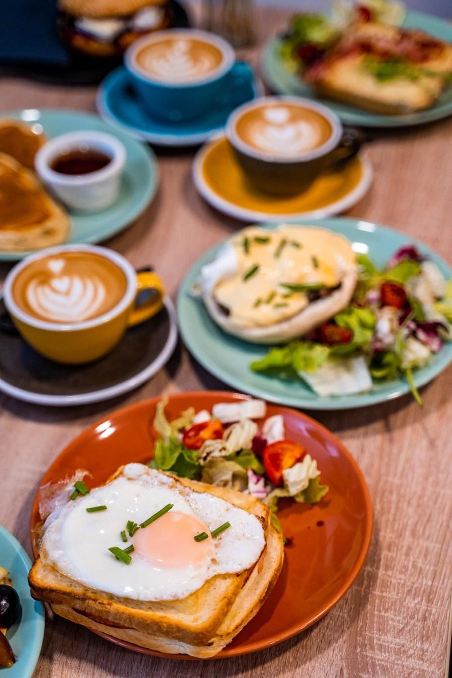 Breakfast in Budapest Baristas