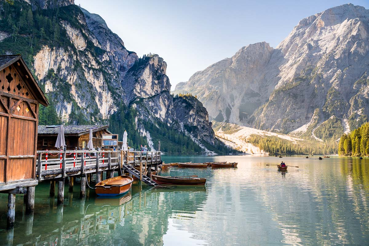 Lago di Braies is one of the best places to visit in the Dolomites and it must be on your Dolomites road trip itinerary