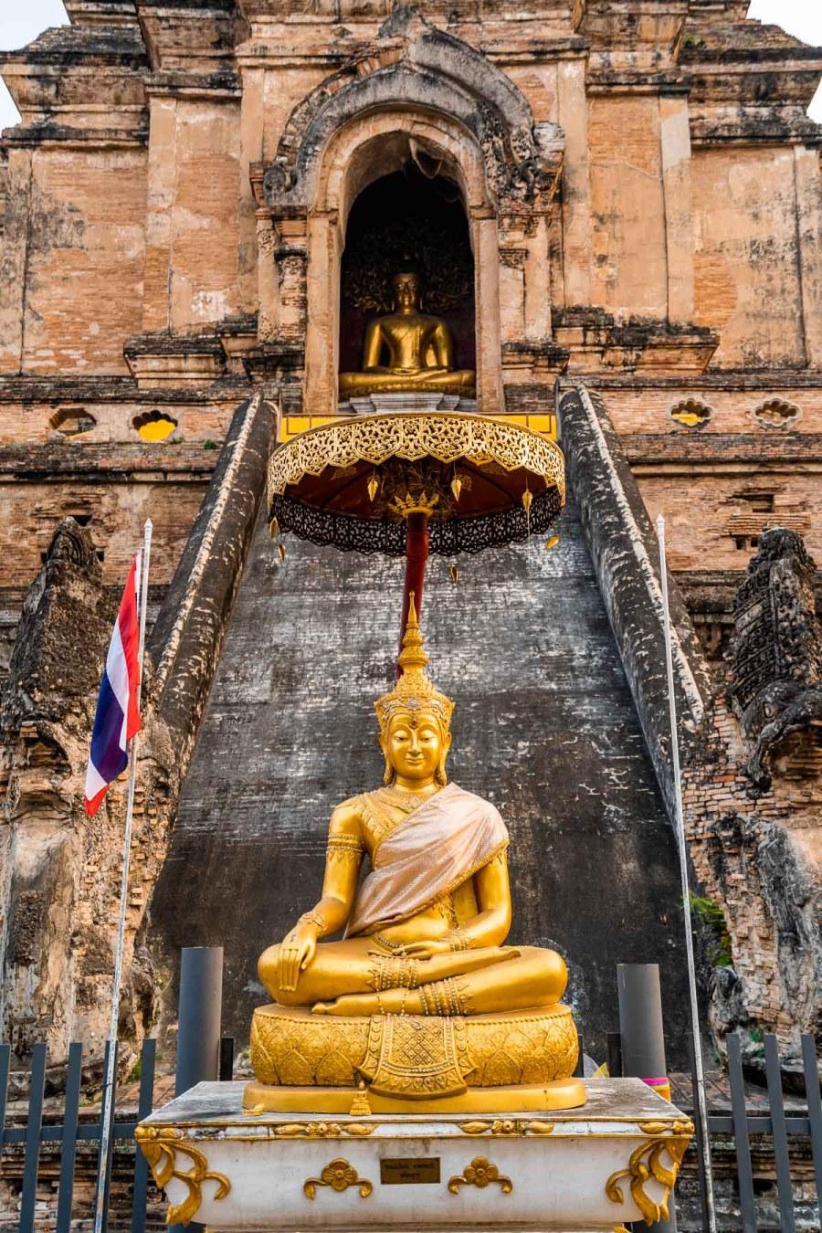 Golden Buddha at Wat Chedi Luang Temple in Chiang Mai