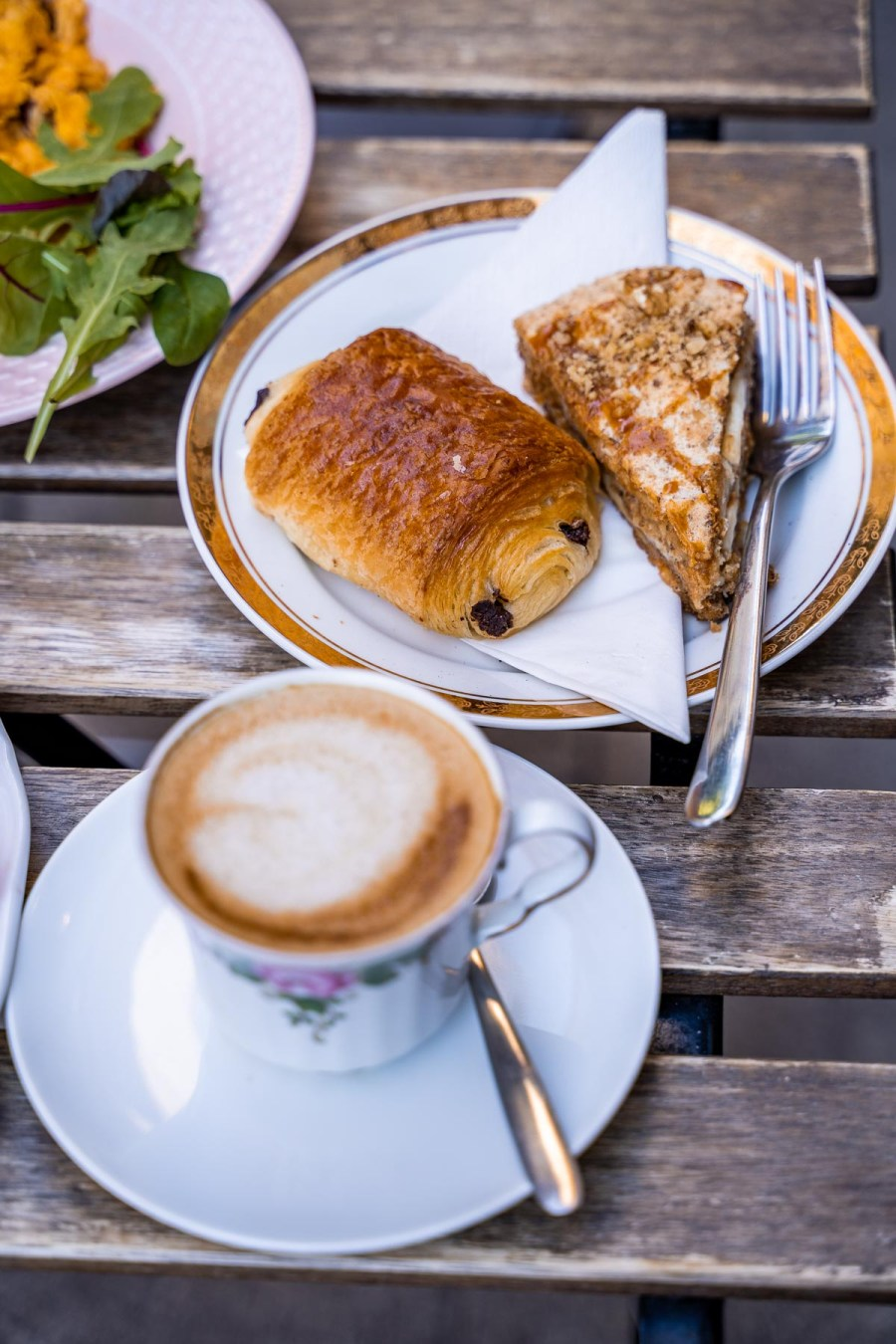 Coffee and pastries for breakfast in Budapest at Zoska