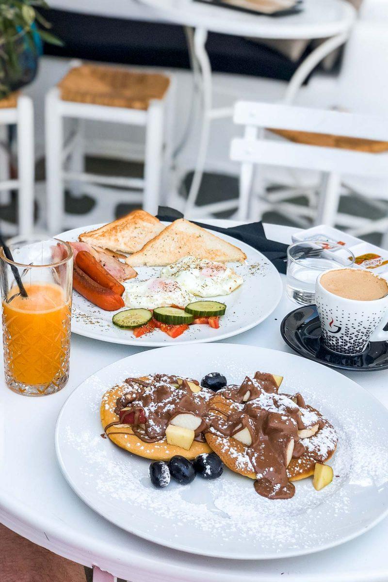 Breakfast at Lalala Mykonos