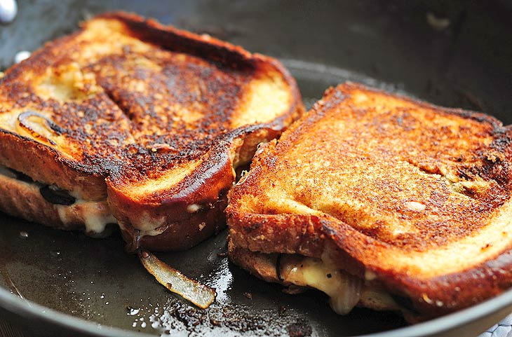 grilled cheese with mushrooms
