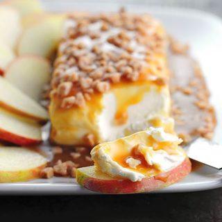 Easy Caramel Apple Cream Cheese Spread