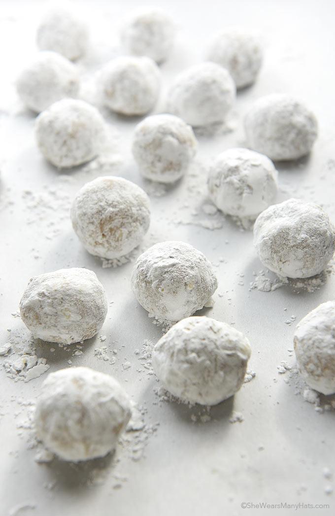 Pecan Snowball Cookies Recipe   shewearsmanyhats.com