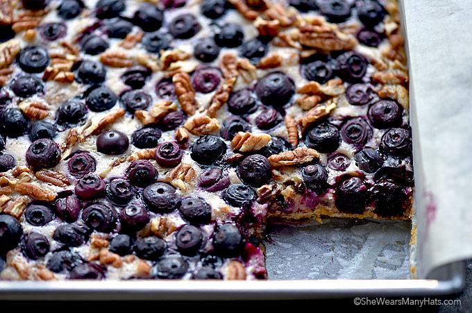 Oatmeal Lemon Blueberry Bars Recipe   shewearsmanyhats.com