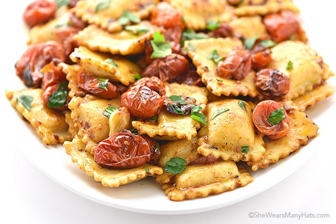 Easy Spicy Garlic Tomato Cheese Ravioli Recipe